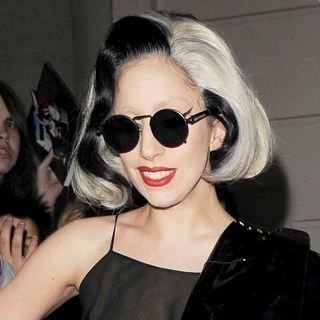 Lady GaGa in Lady GaGa Laves Her Hotel to Head to A Recording Studio in East London