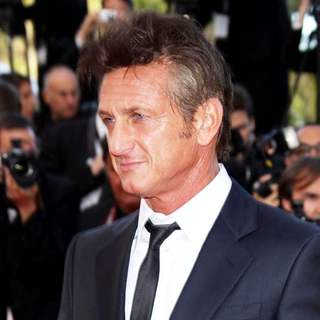 Sean Penn in 2011 Cannes International Film Festival - Day 6 - The Tree of Life - Premiere