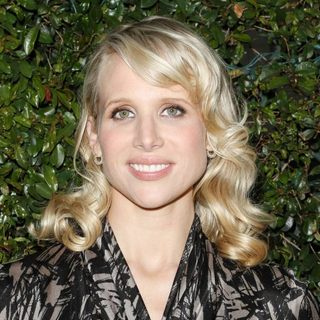 Lucy Punch in Los Angeles Premiere of Midnight in Paris - wenn3349771