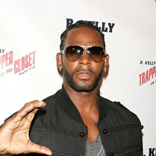R. Kelly in New York Premiere of 'Trapped in the Closet: Chapters 13-22'