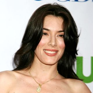 Jaime Murray in CBS, CW and Showtime Press Tour Stars Party