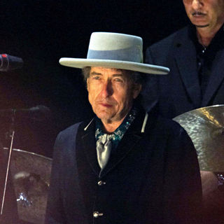 Bob Dylan in Bob Dylan performing live at Optimus Alive 2008