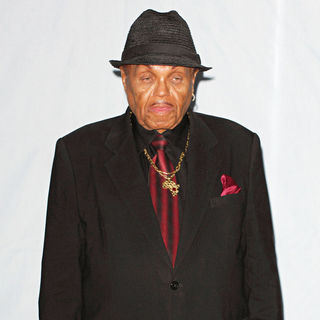 Joe Jackson in 2009 BET Awards - Press Room