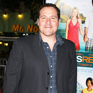 Jon Favreau in Los Angeles Premiere of 'Couples Retreat' - Arrivals