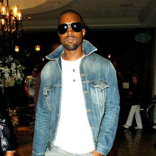 Kanye West in Kanye West seen leaving the Cheesecake Factory after spending the evening with his aunt
