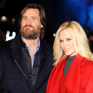 Jim Carrey, Jenny McCarthy in World Premiere of 'A Christmas Carol' - Arrivals