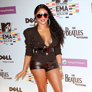 Lil' Kim in The 2009 MTV European Music Awards (EMAs)