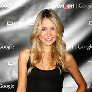 Katrina Bowden in Verizon wireless launch of the new Droid smart phone - wenn5382353