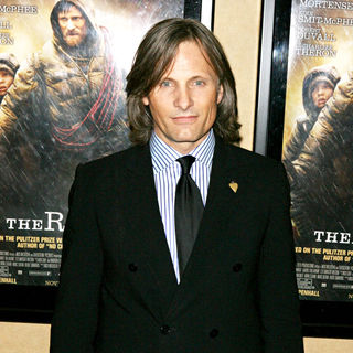 Viggo Mortensen in New York premiere of ' The Road'