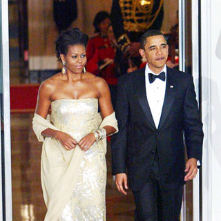 Michelle Obama, Barack Obama in President Barack Obama and First Lady Michelle Obama welcome Indian Prime Minister Manmohan Singh