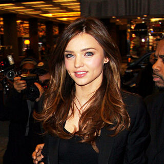 Miranda Kerr in Miranda Kerr outside MTV Studios