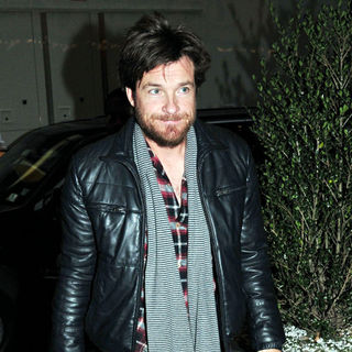 Jason Bateman in Jason Bateman Arriving to MTV's Studios to Appear on The Alexa Chung Show