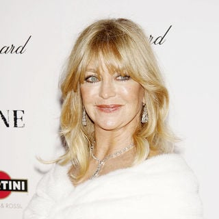Goldie Hawn in New York premiere of 'Nine' sponsored by Chopard