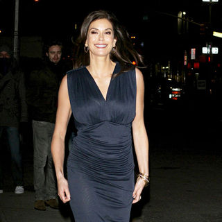 Teri Hatcher outside the Ed Sullivan Theater for the 'Late Show With David Letterman'