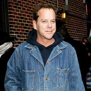 Kiefer Sutherland outside the Ed Sullivan Theater for the 'Late Show With David Letterman'