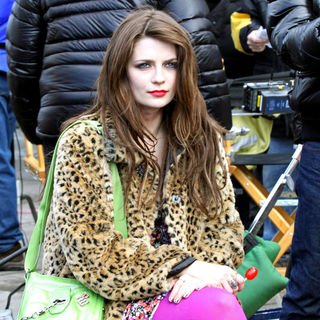 Mischa Barton in On the set of 'Law & Order: Special Victims Unit'