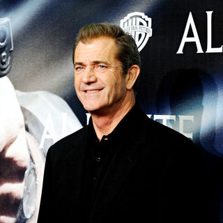 Mel Gibson in The Premiere of the 'Edge of Darkness'