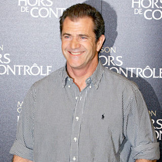 Mel Gibson in Photocall for 'Edge of Darkness'