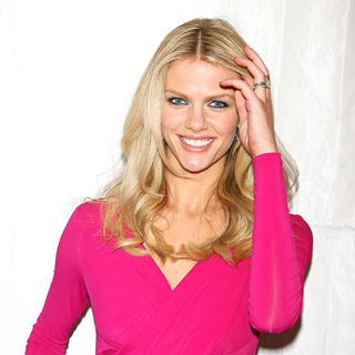 Brooklyn Decker in Sports Illustrated Swimsuit 24/7: New York Launch Party - Arrivals