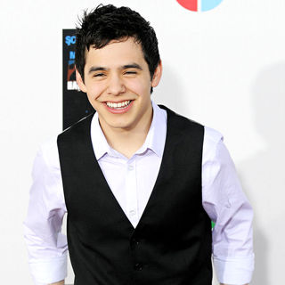 David Archuleta in Latin artists appear to record 'Somos to El Mundo' the Spanish version of 'We are the World'