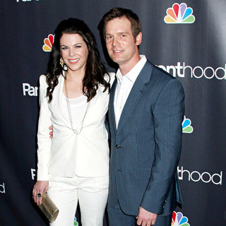 "Lauren Graham, Peter Krause in NBC Universal's ""Parenthood"" Premiere Screening"
