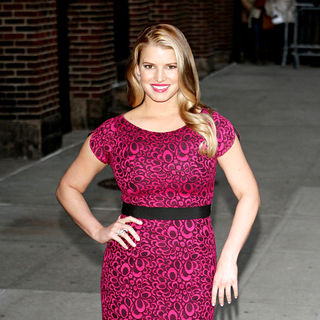 Jessica Simpson in Jessica Simpson outside the Ed Sullivan Theatre for the 'Late Show With David Letterman'