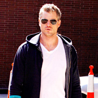 Eric Dane in Eric Dane departs a dental office in Beverly Hills