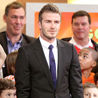 David Beckham in David Beckham Standing Up with The Aid of Crutches During His Interview on 'Good Morning America'