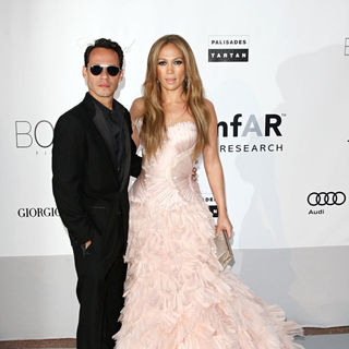 Marc Anthony, Jennifer Lopez in 2010 Cannes International Film Festival - Day 9 - amfAR's Cinema Against AIDS Gala - Arrivals