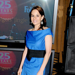 Kara DioGuardi in 'The Best Part of Wakin' Up' Jingle Contest to Discover The Next Folgers Jingle Star - wenn5492838