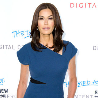 Teri Hatcher in Digitas and The Third Act: Present Digital Content NewFront 2010 Conference - Arrivals