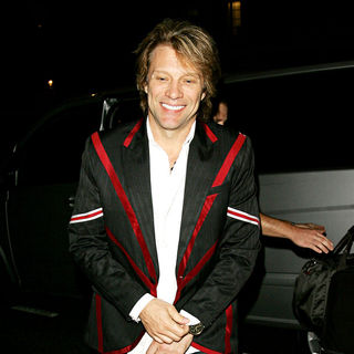 Jon Bon Jovi in Jon Bon Jovi is All Smiles as He Returns to His Hotel