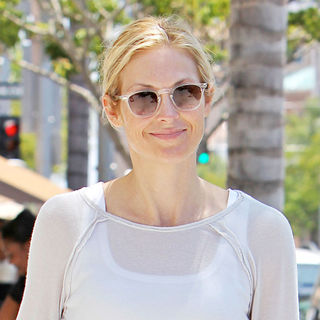 Kelly Rutherford in Kelly Rutherford Leaving Il Pastio Restaurant in Beverly Hills Toting Her Hermes Handbag