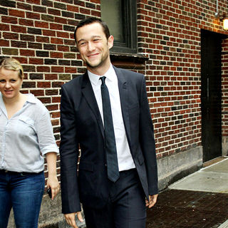 Joseph Gordon-Levitt in Joseph Gordon-Levitt Outside The Ed Sullivan Theater for 'The Late Show' with David Letterman Show