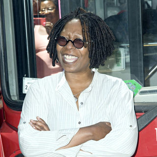 Whoopi Goldberg in Whoopi Goldberg Is Honored by Gray Line New York's 'Ride Of Fame Campaign'