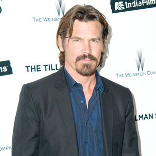 Josh Brolin in The Premiere of 'The Tillman Story' Presented by The Weinstein Company and A&E IndieFilms - wenn5525032