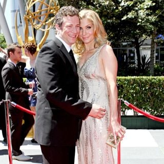 Chris Soldevilla, Elizabeth Mitchell in 2010 Creative Arts Emmy Awards - Arrivals