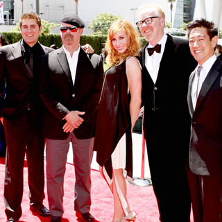 Tory Belleci, Jamie Hyneman, Kari Byron, Adam Savage, Grant Imahara in 2010 Creative Arts Emmy Awards - Arrivals