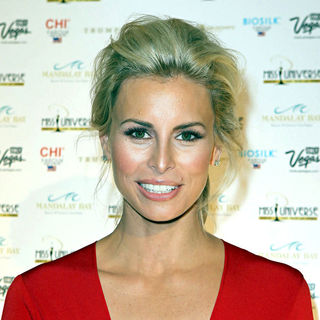 Niki Taylor in The 2010 Miss Universe Pageant - wenn5530602