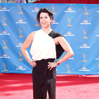 Lauren Graham in The 62nd Annual Primetime Emmy Awards