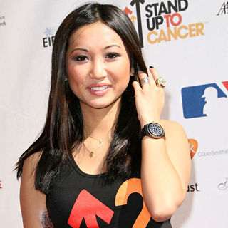 Brenda Song in 2010 Stand Up To Cancer - Arrivals