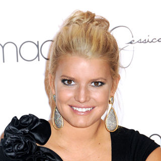 Jessica Simpson Launches Macy's 'Find Your Magic Campaign'
