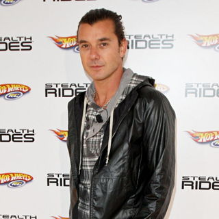 Gavin Rossdale in Gavin Rossdale Helps Launch The New 'Hot Wheels R/C Stealth Rides'