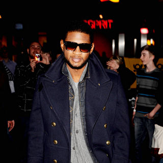 Usher in Usher Attends A Photocall To Promote His OMG Tour 2011