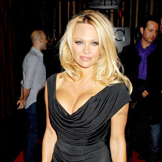 Pamela Anderson in 'The Commuter' Premiere - Outside Arrivals