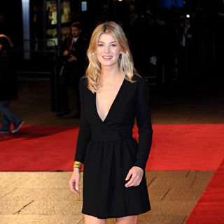 Rosamund Pike in BFI London Film Festival Closing Night Gala: European Premiere of '127 Hours' - Arrivals