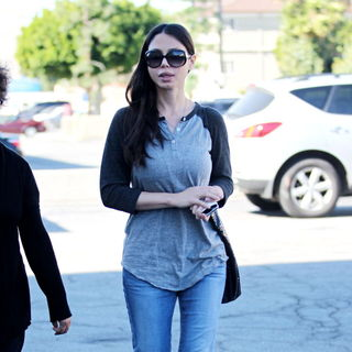 Oksana Grigorieva in Oksana Grigorieva Arrives at A Medical Building in Beverly Hills
