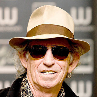 Keith Richards in Keith Richards Signs Copies of His New Autobiography 'Life'