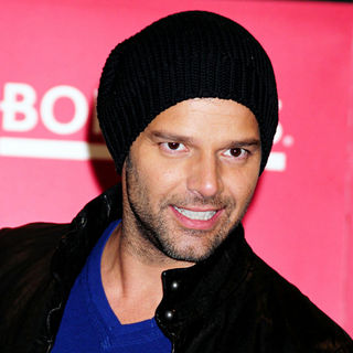 Ricky Martin in Ricky Martin Signs Copies of His Memoir 'Me'
