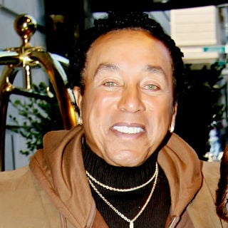 Smokey Robinson in Smokey Robinson Meeting Fans Outside His Manhattan Hotel